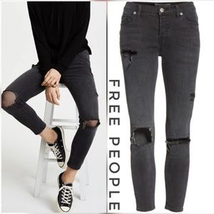 FREE PEOPLE Netted Ripped Crop Gray Jeans